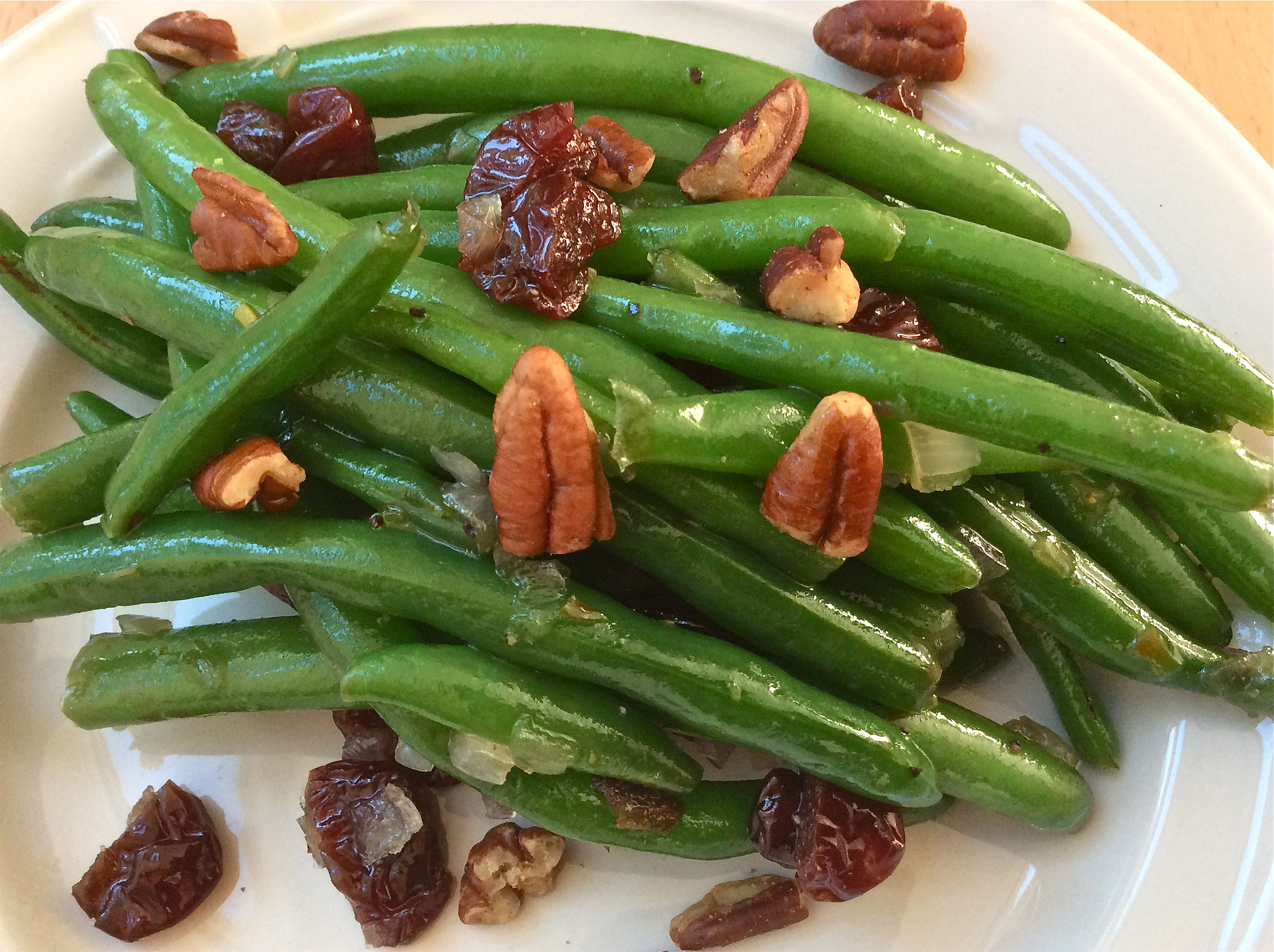 Maple-Rum Glazed Green Beans